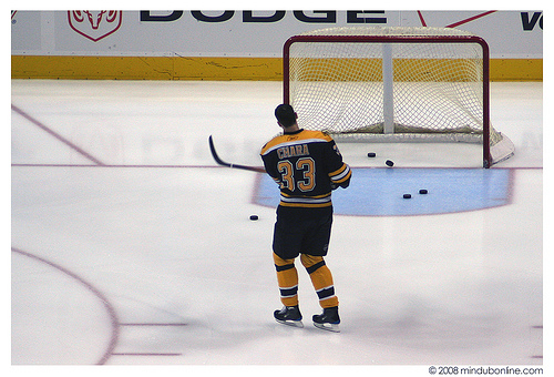 zdeno-chara-of-the-boston-bruins